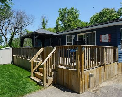 Private Wooded Lot - Sherkston Shores Cottage - Sherkston