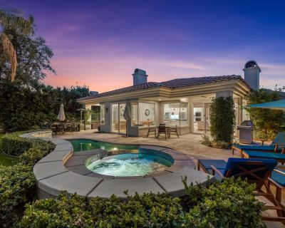 4 Bedroom Modern Spanish Golf Course Estate with Private Pool and Jacuzzi! - La Quinta