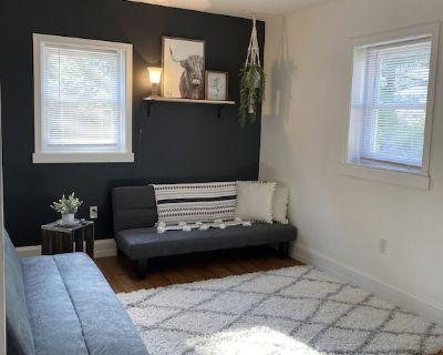 The Cozy Minimalist Apartment - Ephrata