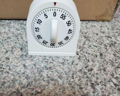 WHITE TIMER, EXCELLENT CONDITION, SMOKE FREE HOUSE