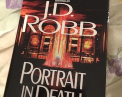 Portrait in Death by JD Robb/Nora Roberts Hardcover LARGE PRINT