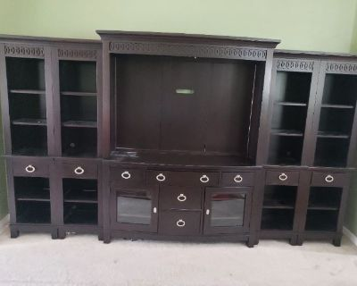 HIGH END FURNITURE ONLINE AUCTION. EVERYTHING STARTS AT $1.00