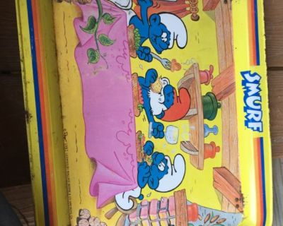 1982 Smurf TV tray