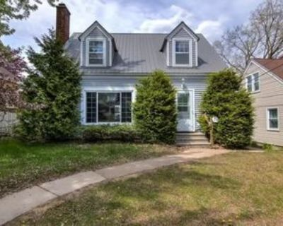 414 Summer St, Eau Claire, WI 54701 3 Bedroom House