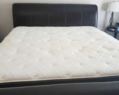 4year used- King Size- Stearns & Foster Lux Estate Owenton Luxury Plush Pillowtop Top-- Mattress + Box Springs + Bed