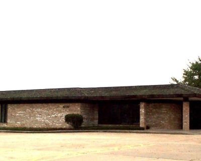 Medical Office/General Suites for Lease
