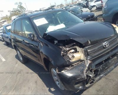 Salvage Black 2004 Toyota Rav4