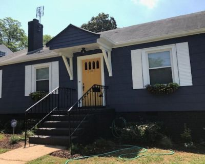 Queen City Cottage 1 mile to BofA Stadium and Uptown Charlotte - Enderly Park