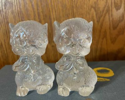 Vintage Plastic Mouse Salt and Pepper Shakers