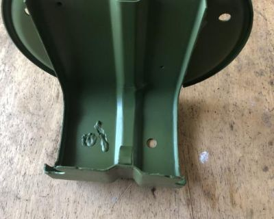 Oil bath air filter stand 68-71
