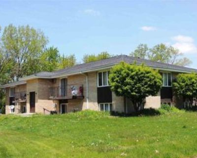 4456 Carthage Dr #5, Rockford, IL 61109 2 Bedroom Apartment
