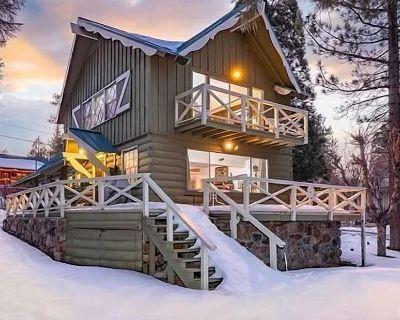 The Cottage at Sawmill Cove Lakefront - Free Bike/kayak Rental!- 3bd/2ba/smart Tv/wifi/lakefront