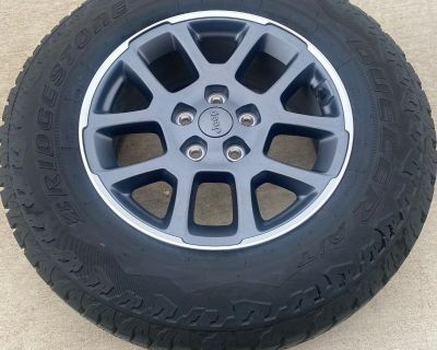 Texas - Overland Wheels/Tires/Spare/Lugs with TPM