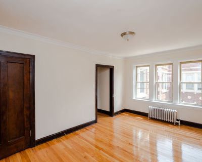 Charming Vintage Building -1bd/1bth Available Aug 1st!