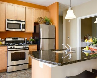 The Enclave at Emerson Apartments and Townhomes