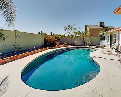 Unique Oasis | Private Pool, Outdoor Kitchen & Walled Backyard | Full Gym - Hayden Estates