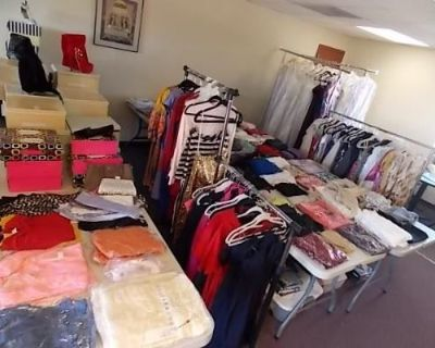 Boutique Liquidation Lot Over 300 Pieces! Local Pickup Only!