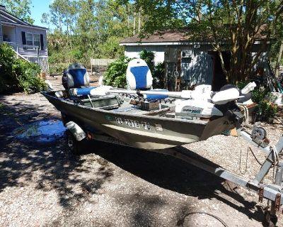1993 Landau Jon boat