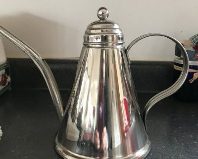 New Stainless Oil Can