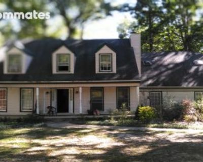 $600 4 single-family home in Clayton County