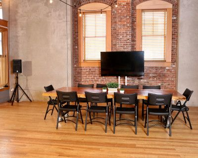 Urban Street Level Event Space Minutes From Downtown Portland, Portland, OR
