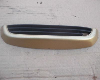 1985 Honda Gl 1200 Front Fairing Lower Trim Grill Gl1200 Limitededition Goldwing