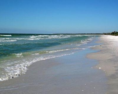 Gulf Pines Sanibel Island Vacation Rental Home with Community Pool - Gulf Pines