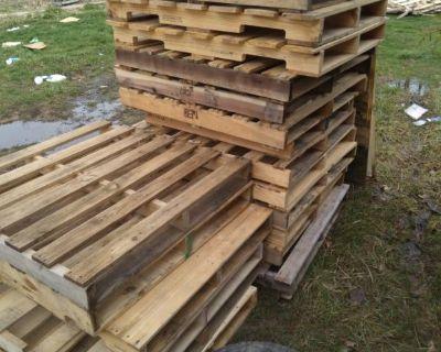 Free wood pallet & scrap metal removal