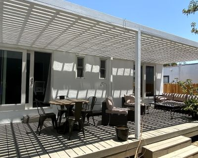 Newly remodeled 2 bed/2 bath house near LACMA in LA featuring with 300sqf deck. - Mid-Wilshire