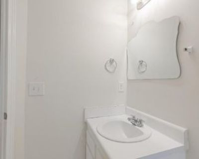 Lois Pl Nw, Atlanta, GA 30318 Room