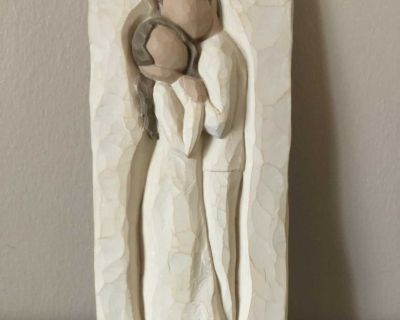 Willow tree Embrace