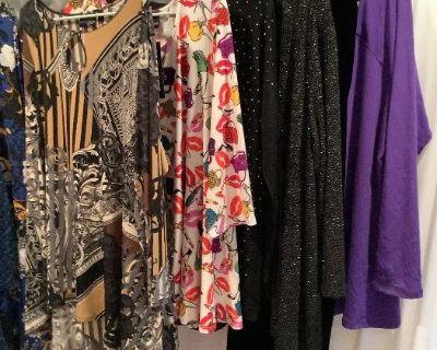 Designer Jewelry, Handbags, Clothing, Home Decor Online Auction
