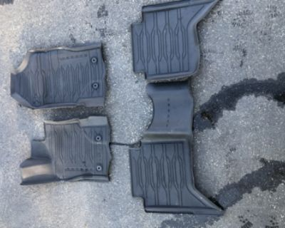 Arizona - WTS $50 OEM Ranger SuperCrew Carpet Floor Mats