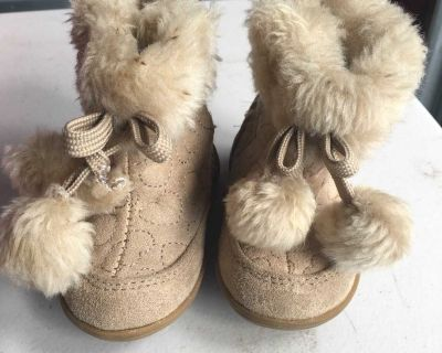 Toddler boots FREE