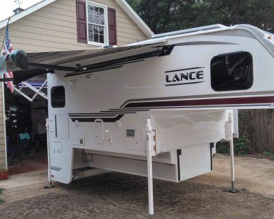 2021 Lance 975 LONG BED
