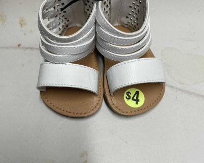 White girls sandals size 2