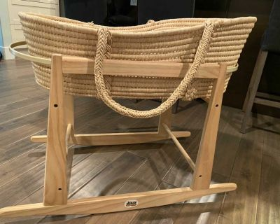 Wicker Moses Baby Bassinet with Stand