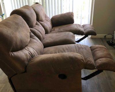Reclining sofa like new