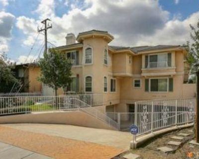 1118 W Huntington Dr #B, Arcadia, CA 91007 3 Bedroom Condo