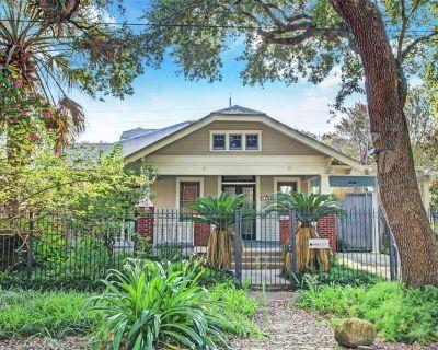 1902 Ridgewood Street, Houston, TX 77006