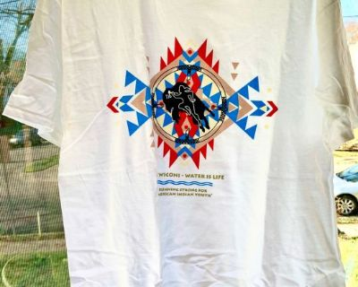 "NEW Ni Wioni - ""Water is Life"" Large White T-Shirt"
