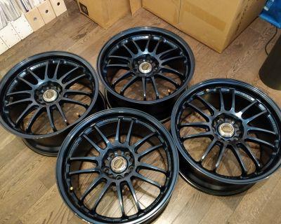 "Volk Racing RE30 18 x 9.0 +35 ""Mag Blue"""