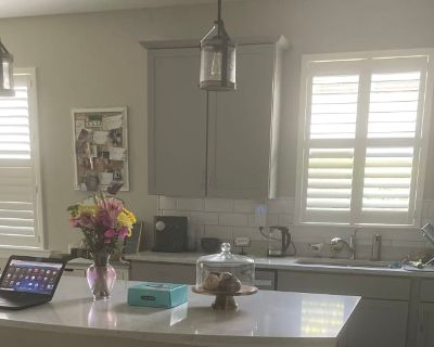 Private room with own bathroom - Three Oaks , FL 33967