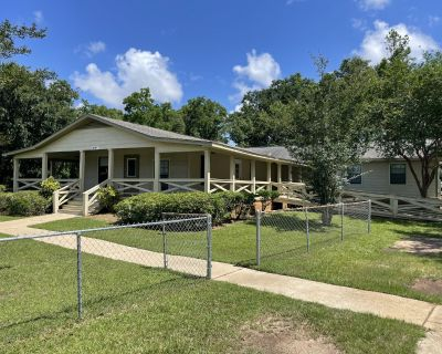 Former Assisted Living Facility/Group Home for Sale - Office