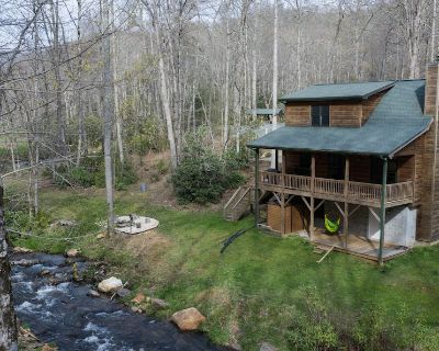 Spacious Creekside Cabin-Fire Pit-Gas Grill with Amazing Rates - Kyle