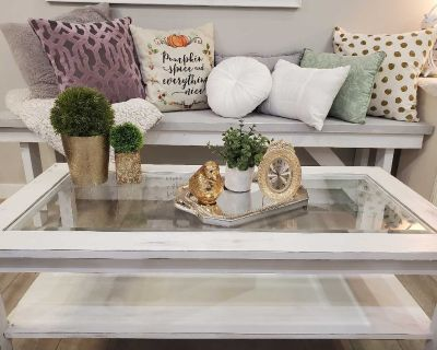 Rustic glass coffee table in EUC from a smoke free home