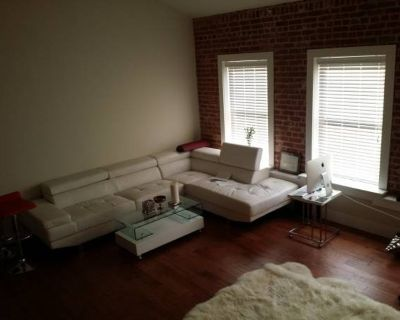 Spacious Loft on Rent; Shared Space; Available Now (Echo Park)