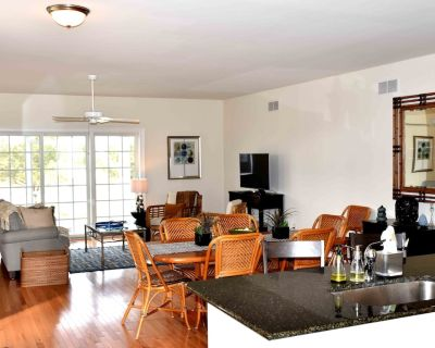 Tastefully decorated and comfortably furnished home just minutes to area beaches - Rehoboth Beach