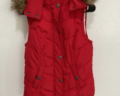 Vest size small