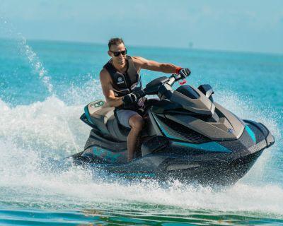 2021 Yamaha Waverunners VX Cruiser w/ AUDIO